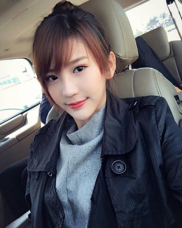 Loạt ảnh du lịch Sài Gòn của hot girl Malaysia khiến fan Việt thích thú - Ảnh 10.