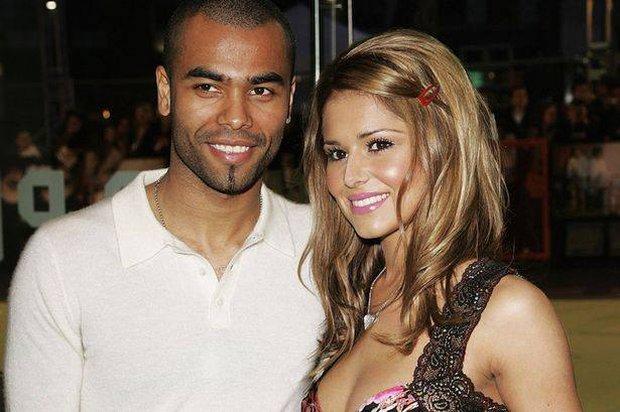 Ashley Cole hết hy vọng tái hợp với vợ cũ Cheryl - Ảnh 6.