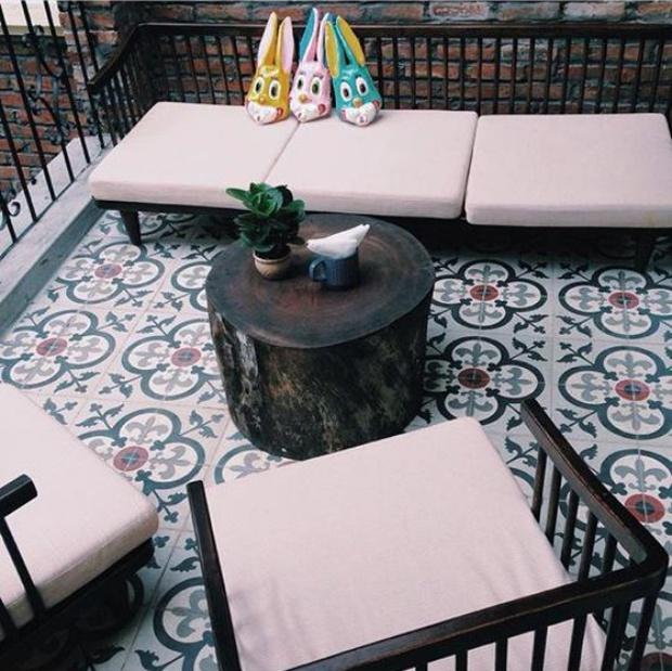 Hà Nội: Muốn chụp ảnh nền gạch hoa vintage? Cứ đến những quán cafe này - Ảnh 9.