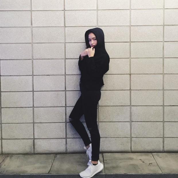 4 hot girl Việt siêu gợi cảm, sexy nhưng ngoài đời thì... bé tẹo! - Ảnh 21.