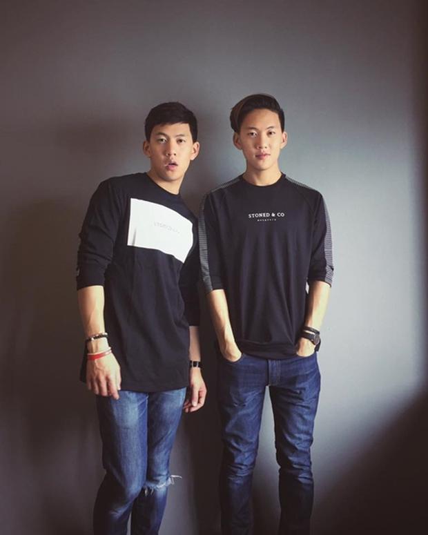 2 anh em sinh đôi lai Việt - Thái đẹp trai, hát hay đang cực hot trên MXH - Ảnh 3.