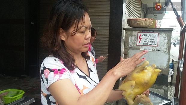 Tranh cãi quán phở bình dân chém đẹp 300.000 đồng/bát phở gà ở Hà Nội - Ảnh 6.