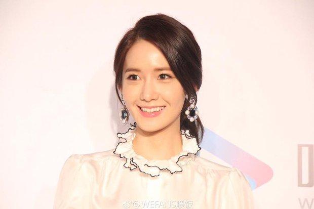 Yoona (SNSD) xinh đẹp rạng rỡ bên Đường Yên, Dương Mịch - Ảnh 4.