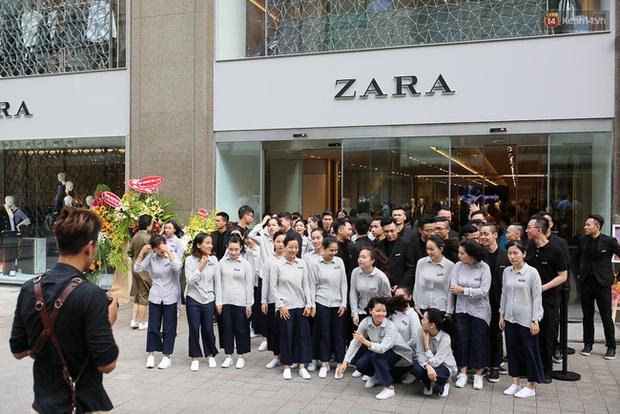 Muốn làm ở Zara, bạn sẽ phải vượt qua những thử thách này - Ảnh 1.