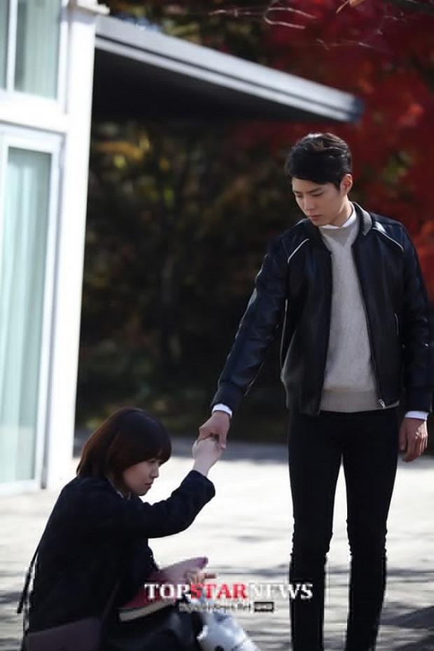 Từ mỹ nam vai phụ, kỳ thủ cờ vây Choi Taek Park Bo Geum hóa hoàng tử truyền hình - Ảnh 15.