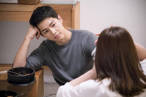 Người đàn ông bị cảnh sát bắt giữ can tội... cố hóa trang thành Song Joong Ki cho bõ cơn ghen - Ảnh 4.