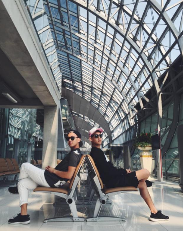2 anh em sinh đôi lai Việt - Thái đẹp trai, hát hay đang cực hot trên MXH - Ảnh 18.