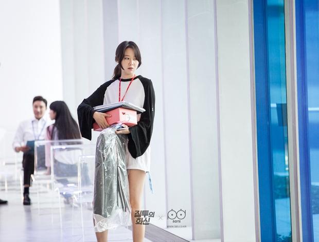 Bác sĩ, luật sư, cảnh sát Hàn muốn kiện biên kịch phim Hàn vì làm phim nhảm nhí - Ảnh 14.