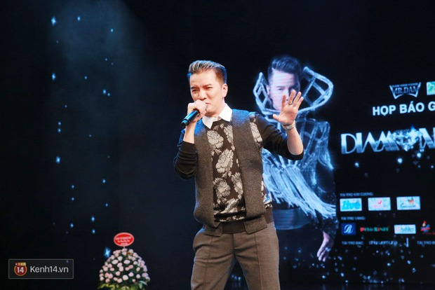 Đàm Vĩnh Hưng bảnh bao trong ngày ra mắt liveshow kỉ niệm 20 năm ca hát tại Hà Nội - Ảnh 8.