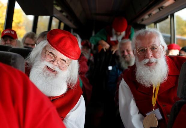 Bên trong trường đào tạo ông già Noel trước mùa Giáng sinh - Ảnh 23.