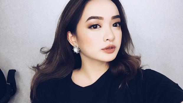 4 hot girl Việt siêu gợi cảm, sexy nhưng ngoài đời thì... bé tẹo! - Ảnh 10.