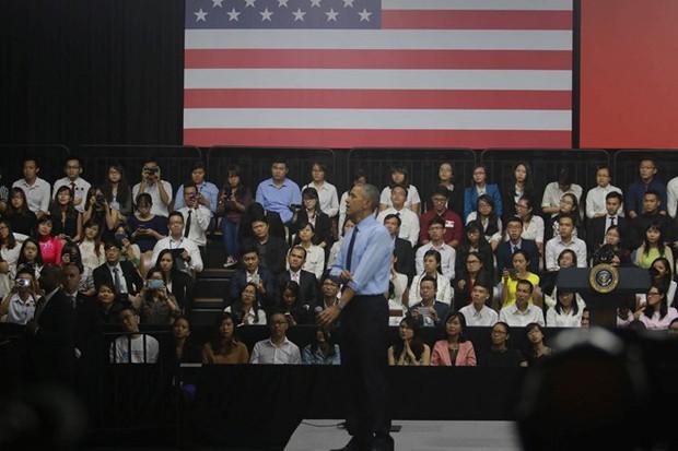 Những hình ảnh ấn tượng nhất của Tổng thống Obama trong 3 ngày ở Việt Nam - Ảnh 13.