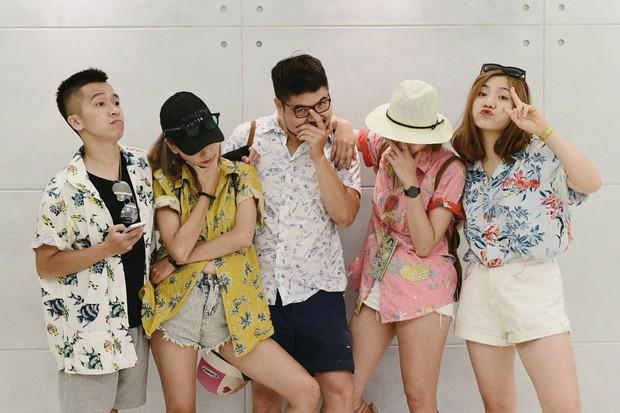 Xu hướng mới của bạn trẻ Việt Nam: Đi du lịch nhóm, mặc đồ cùng tông rồi diễn như tạp chí! - Ảnh 14.