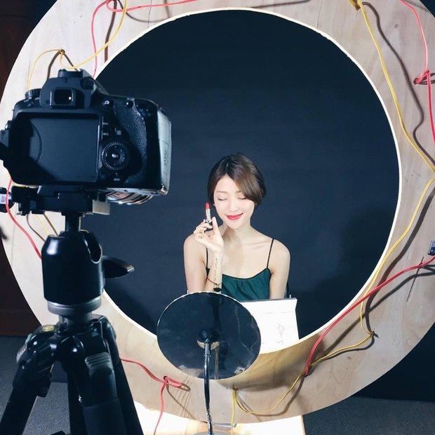 5 nàng Beauty blogger Việt xinh đẹp và cực hút fan trên mạng xã hội - Ảnh 29.
