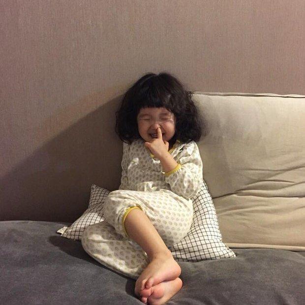 Cô bé Hàn Quốc với loạt biểu cảm đáng yêu xuất sắc này đang gây bão khắp mạng xã hội - Ảnh 20.