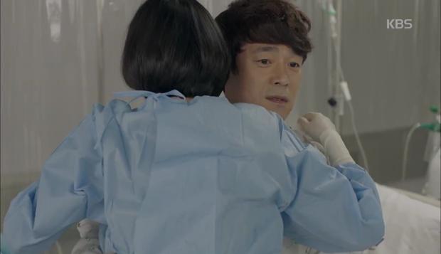 Hậu Duệ Mặt Trời: Song Hye Kyo tự nhận mình thuộc nhóm máu... mỹ nhân! - Ảnh 25.