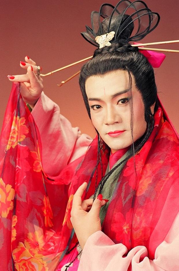 """Dàn sao """"Tiếu Ngạo Giang Hồ"""" của TVB ra sao sau hai thập kỷ? - Ảnh 15."""