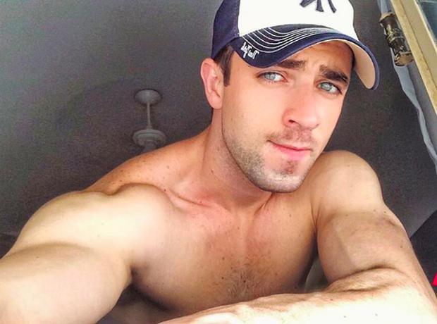 Anh chàng phi công siêu đẹp trai với body 6 múi đang làm dậy sóng Instagram  - Ảnh 5.