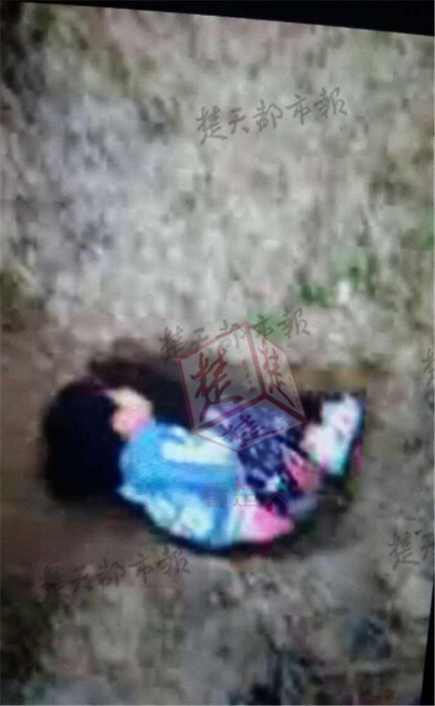 Giận vợ ngoại tình, chồng gửi tin nhắn tường thuật cảnh bóp chết con gái 3 tuổi rồi vứt xác trong núi - Ảnh 4.