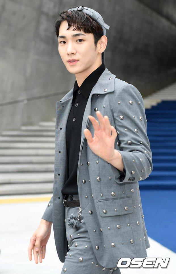 Min khoe đụng độ Red Velvet, SISTAR và Key (SHINee) khi dự show tại Tuần lễ thời trang Seoul - Ảnh 18.