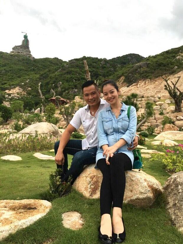 Khoe ảnh hạnh phúc cùng chồng, Jennifer Phạm lộ bụng bầu to trông thấy - Ảnh 6.
