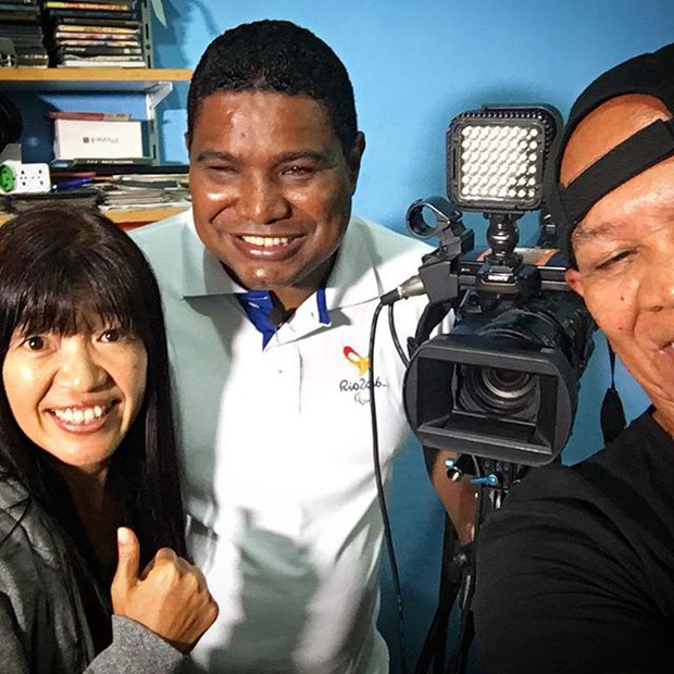 Câu chuyện cảm động về nhiếp ảnh gia khiếm thị tác nghiệp ở Paralympic - Ảnh 5.