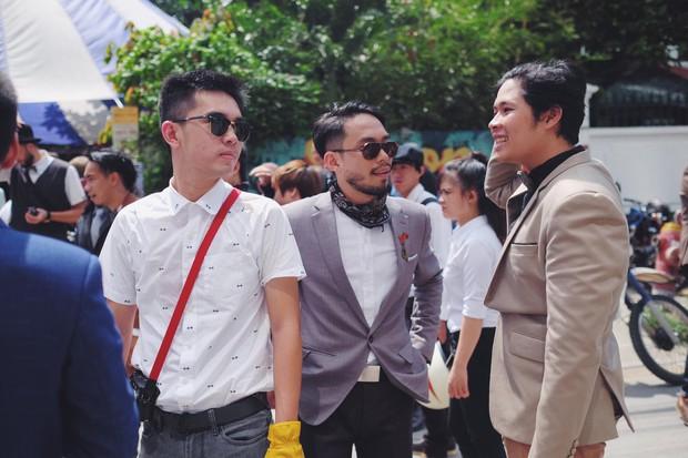 Nguyên dàn mặc chất, cưỡi vespa cổ trên phố Sài Gòn: Quá nhiều cái đẹp trong một tấm hình! - Ảnh 13.