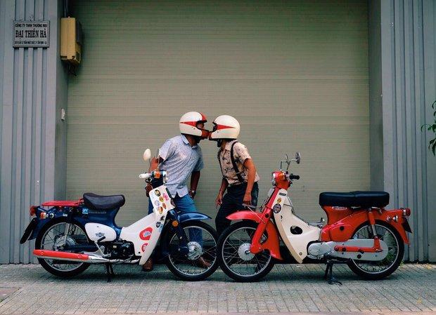 Nguyên dàn mặc chất, cưỡi vespa cổ trên phố Sài Gòn: Quá nhiều cái đẹp trong một tấm hình! - Ảnh 9.