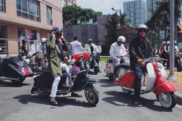 Nguyên dàn mặc chất, cưỡi vespa cổ trên phố Sài Gòn: Quá nhiều cái đẹp trong một tấm hình! - Ảnh 22.
