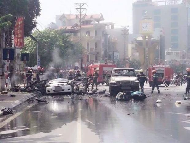 Xe ô tô nổ kinh hoàng giữa thành phố Cẩm Phả, 2 người thiệt mạng - Ảnh 3.