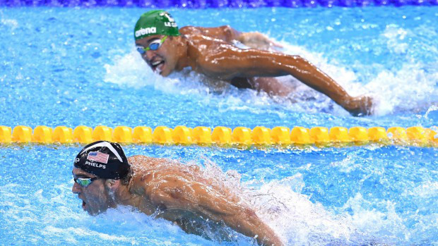 Bức ảnh khiến hàng triệu người thêm khâm phục tinh thần thép của VĐV Michael Phelps - Ảnh 1.