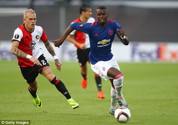 Man Utd thua sốc trong trận mở màn ở Europa League - Ảnh 3.