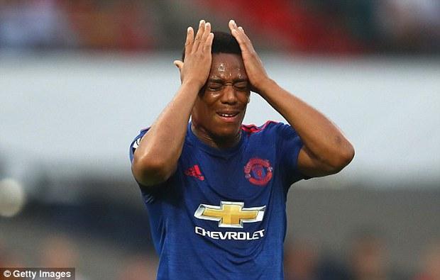 Man Utd thua sốc trong trận mở màn ở Europa League - Ảnh 4.