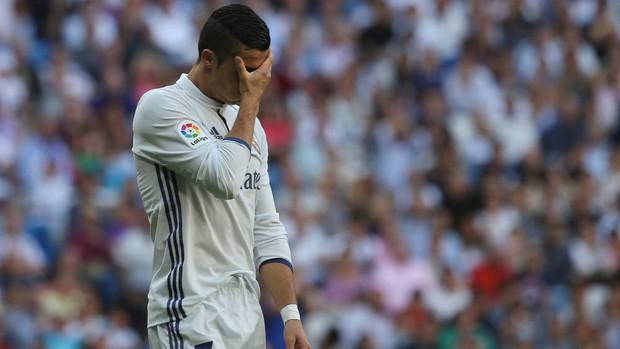 Ronaldo vô duyên, Real Madrid không thắng trận thứ 4 liên tiếp - Ảnh 5.