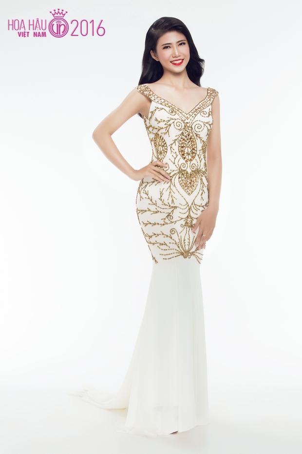 Hoa hậu Việt Nam 2016: 30 người đẹp tranh tài ở vòng Chung khảo phía Nam lộng lẫy với váy dạ hội - Ảnh 22.