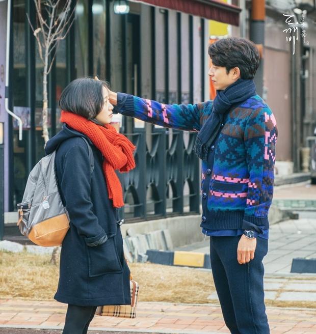 Song Joong Ki hề hấn gì, năm 2016 phải là thời đại của Gong Yoo! - Ảnh 14.