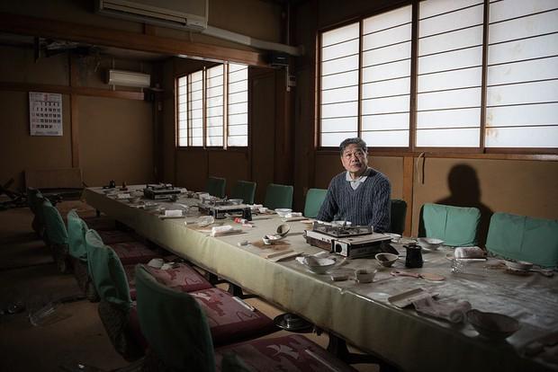 Nhật Bản: Người dân Fukushima trở lại thành phố ma trong loạt hình đầy ám ảnh - Ảnh 15.