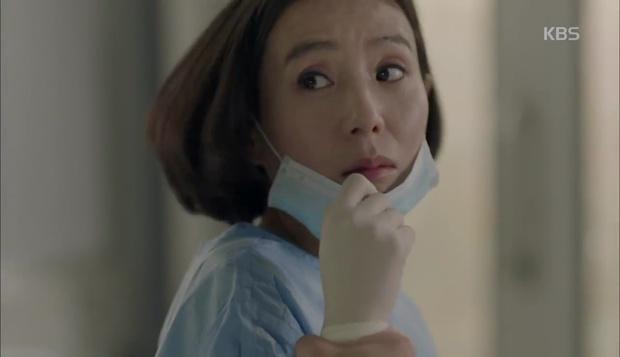 Hậu Duệ Mặt Trời: Song Hye Kyo tự nhận mình thuộc nhóm máu... mỹ nhân! - Ảnh 26.
