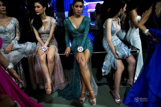 Chùm ảnh: Hậu trường cuộc thi Hoa hậu chuyển giới được quan tâm nhất Thái Lan - Ảnh 16.