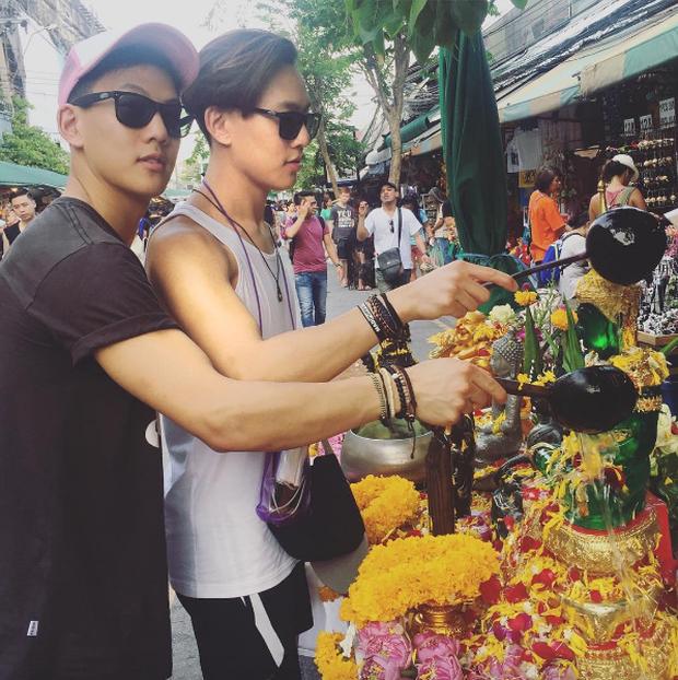 2 anh em sinh đôi lai Việt - Thái đẹp trai, hát hay đang cực hot trên MXH - Ảnh 16.