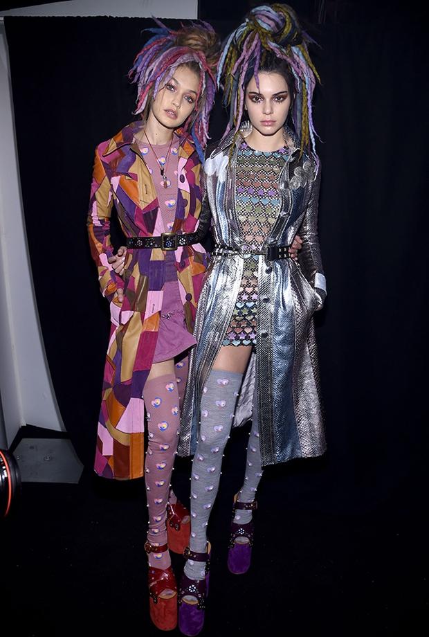 Bạn sẽ không thể nhận ra chị em Kendall & Kylie khi họ tham gia kỳ fashion week đầu tiên 5 năm trước - Ảnh 18.
