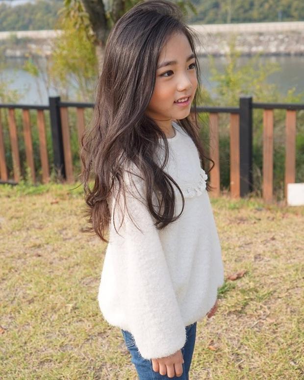 Chân dung cô bé Hàn Quốc xinh đẹp đến mức có thể khiến trái tim bạn tan chảy - Ảnh 10.