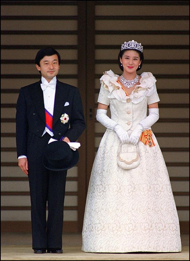Tình yêu trọn đời mà Thái tử Nhật dành cho vị Công nương trầm cảm lay động trái tim hàng triệu người - Ảnh 5.