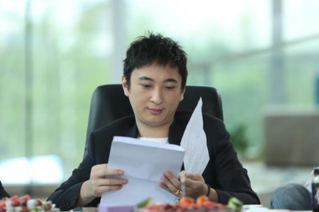 Thiếu gia giàu có nhất Trung Quốc sở hữu những gì mà tự tin từ chối tiếp quản sản nghiệp 92 tỷ USD của bố? - Ảnh 5.