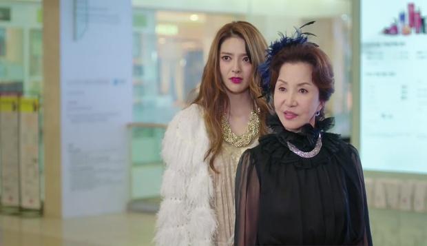 """""""7 First Kisses"""": Vừa bị tạt rong biển vào mặt, nữ chính đã được gặp ngay Lee Jong Suk - Ảnh 17."""