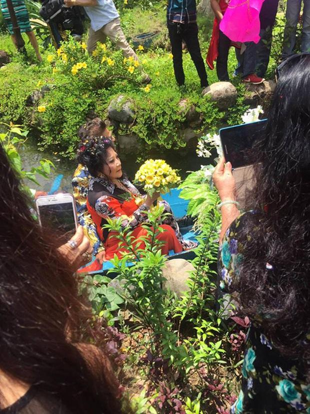 Đám cưới trên trời rơi xuống của những sao Việt này đều khiến fan ngã ngửa vì bất ngờ - Ảnh 1.