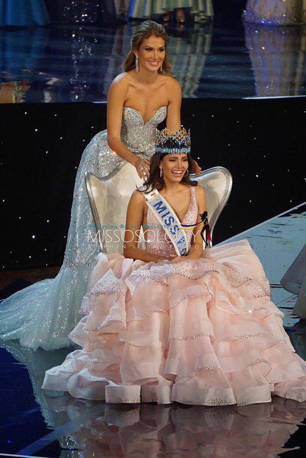Nhan sắc người đẹp 19 tuổi vừa đăng quang Hoa hậu Thế giới 2016 - Ảnh 2.
