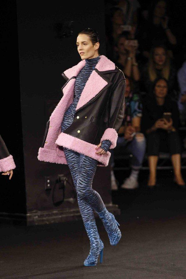 Show H&M x Kenzo tại New York: Suboi diện thiết kế mới nhất, ngồi hàng ghế đầu cùng loạt sao đình đám - Ảnh 24.