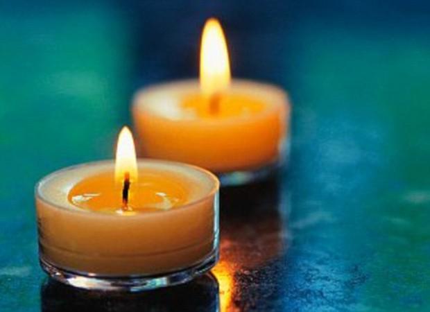 Nến thơm đốt lên có thể sản sinh ra phoóc-môn gây ung thư - Ảnh 1.