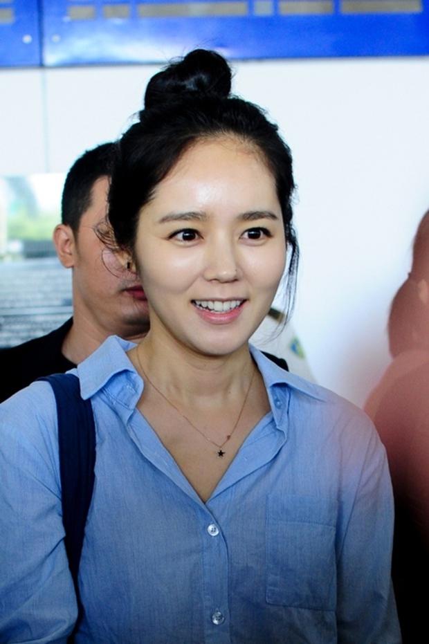 Cận cảnh làn da của 25 mỹ nhân đình đám nhất Hàn Quốc - Ảnh 32.